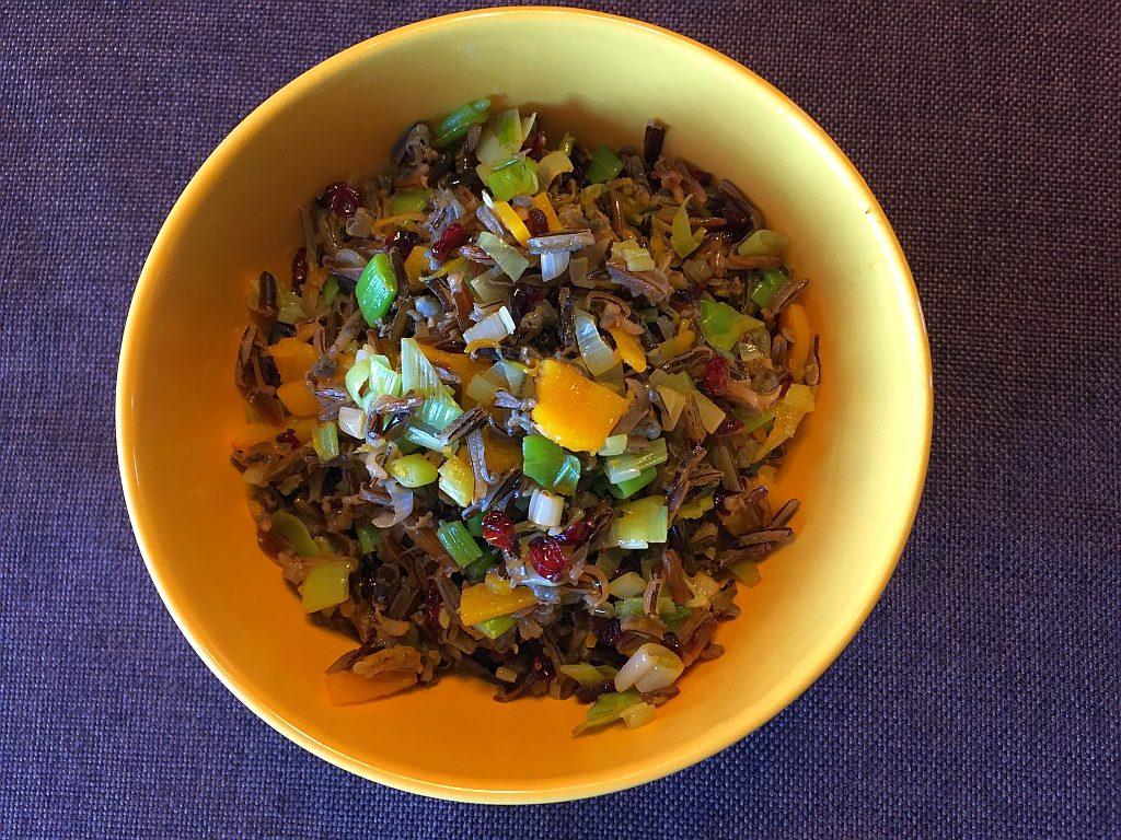 Dziki ryż z dynią i berberysem